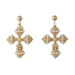 Duchess Kate wore Soru earrings in 2016 on a visit to Canada Santina earrings, £265 Soru Photo (C) GETTY