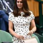Kate Middleton She carried a £1,050 bag by Dolce & Gabbana Photo (C) GETTY
