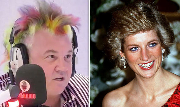 Paparazzo Darryn Lyons revealed he has unpublished photographs of the fatal Paris crash (Image talkRADIO)