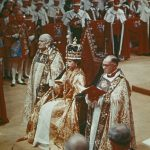 QUEEN ELIZABETH DURING HER CORONATION CEREMONY AT WESTMINSTER ABBEY. Photo (C) GETTY