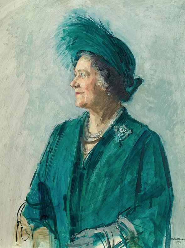 Queen Mother wearing Queen Victoria's diamond jubilee brooch photo (C) PA