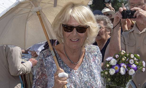 The Duchess of Cornwall reveals the reason behind her injury Photo (C) GETTY
