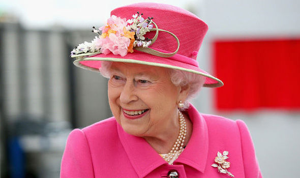 The Queen is refusing surgery on her knees, according to a Buckingham Palace source Photo (C) GETTY