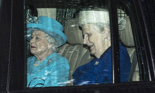 The Queen makes surprise public appearance during summer holiday Photo (C) GETTY