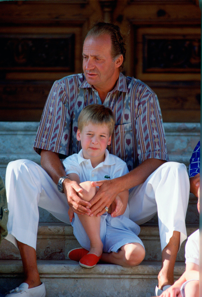 Will Kate Middleton follow in Princess Diana's footsteps with this family holiday tradition