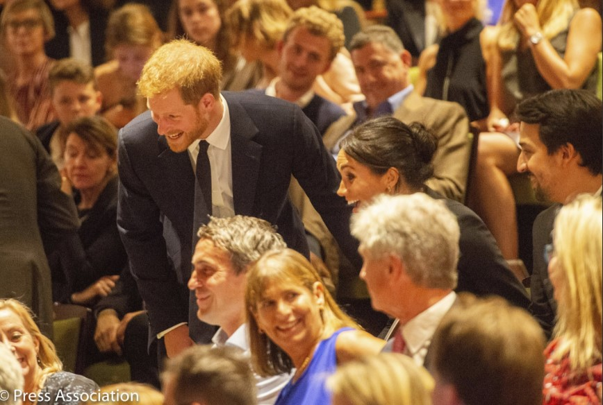 The Duke and Duchess of Sussex with the cast and crew of @HamiltonWestEnd, following tonight's special gala performance in aid of @Sentebale