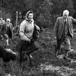 The Queen looks so happy at the Open Stake Retriever Trials, 1967 (Image GETTY IMAGES)