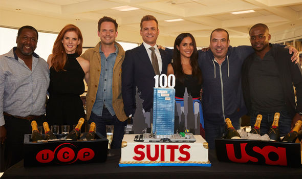 Meghan Markle with her co-stars from Suits (Image GETTY)