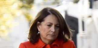 Carole Middleton in wears the same coat Kate Middleton has Splash