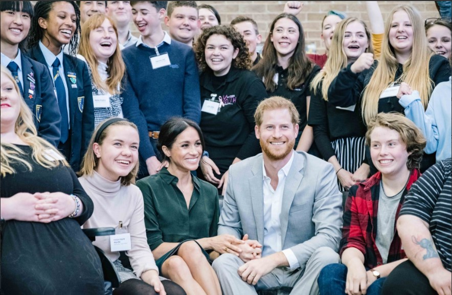 Prince Harry and Meghan Markle Photo (C) KENSINGTON PALACE TWITTER