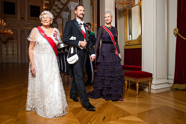 Princess Mette Marit with Princess Astrid Mrs Ferner and Crown Prince Haako Photo C GETTY
