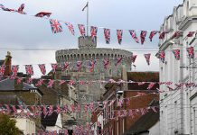 The town of Windsor is preparing for Royal Wedding celebrations Image REUTERS
