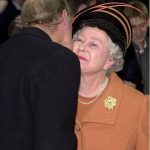 09 The heartwarming times the Queen has received a kiss from members of her family Photo C GETTY IMAGES