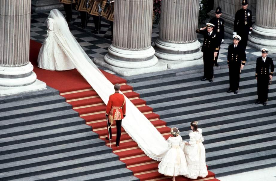 Inside the wedding of Prince Charles and Princess Diana