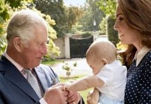 Prince Charles playing with Prince Louis Image GETTY CHRIS JACKSON