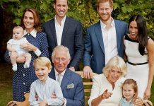 Prince Charles poses with all grandchildren and daughters in law in very relaxed birthday portraits Photo C GETTY