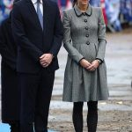Prince William and Kate Middleton pay respect to Leicester City owner Vichai Srivaddhanaprabha Photo C GETTY IMAGES 01
