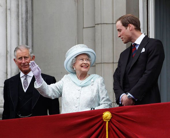 3 Prince Charles the Queen and Prince William Image GETTY