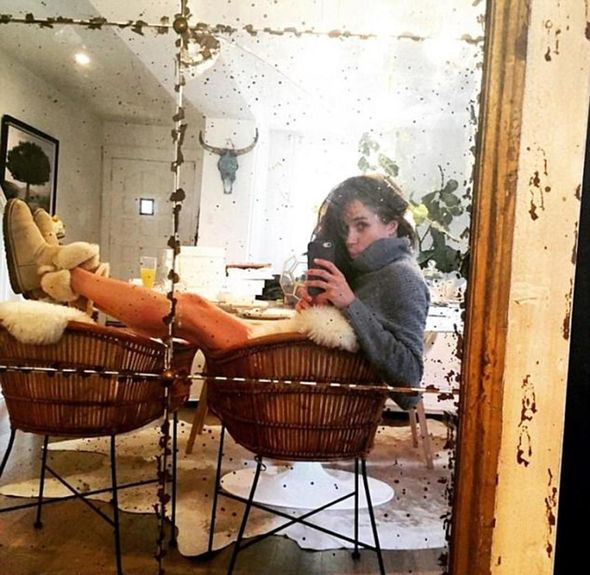 Meghan strikes a pose for a selfie while relaxing at home Image Instagram