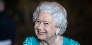 See what the Queen gave her senior aide as a leaving present just before Christmas Photo C GETTY