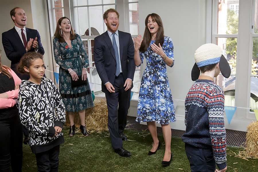 kate middleton prince harry laughing a
