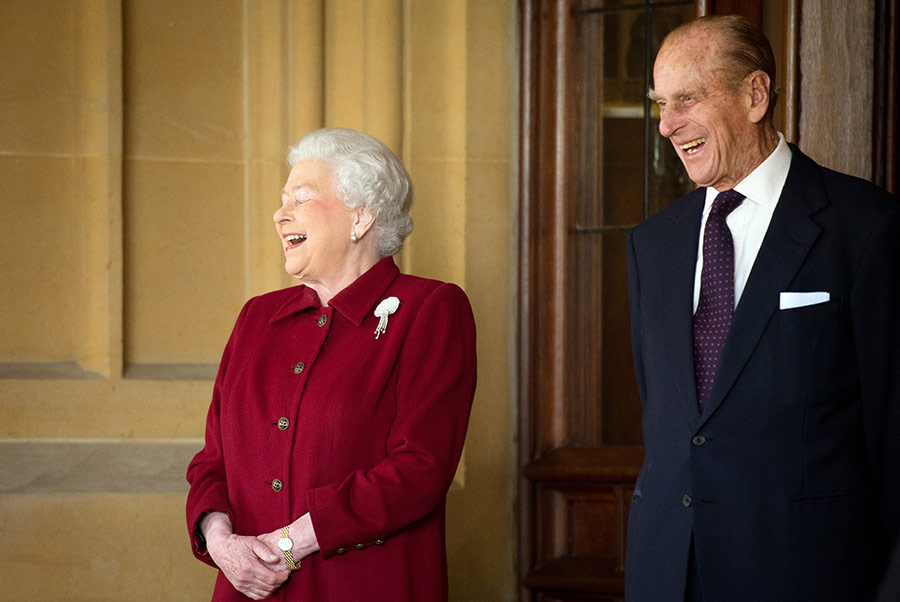 The Queen and Prince Philip get the giggles