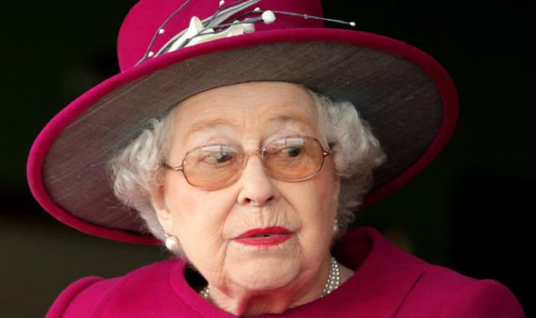 The Queen reportedly intervened in the young Prince Williams naughty behaviour Image Getty