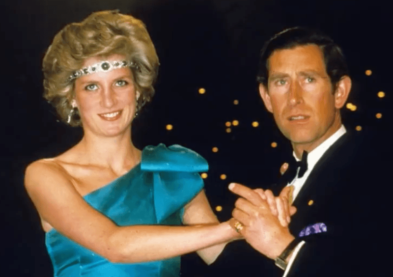 Princess Diana emerald choker