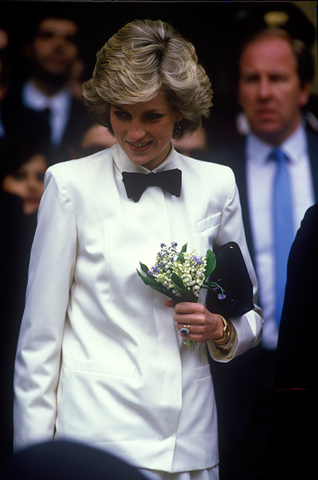 The late Diana Princess of Wales wore a bow tie in Photo C GETTY IMAGES