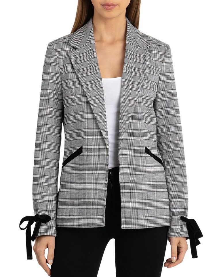 Bagatelle Glen Plaid Open Blazer Women Photo C GETTY IMAGES