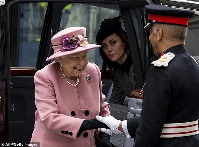 Duchess stayed in the Queens good books by also weraing black tights instead of her normal sheer tights and allowed the Queen to exit the car first