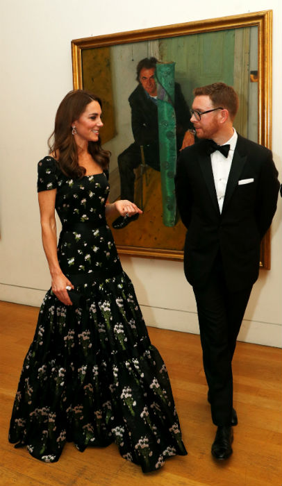 Kate Middleton joins Princess Beatrice, David and Victoria Beckham at the National Portrait Gallery gala Photo (C) GETTY IMAGES