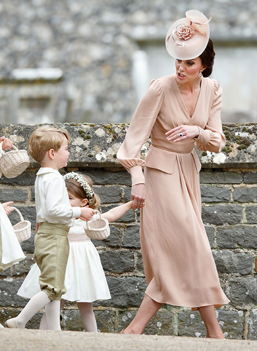 kate middleton telling prince george a