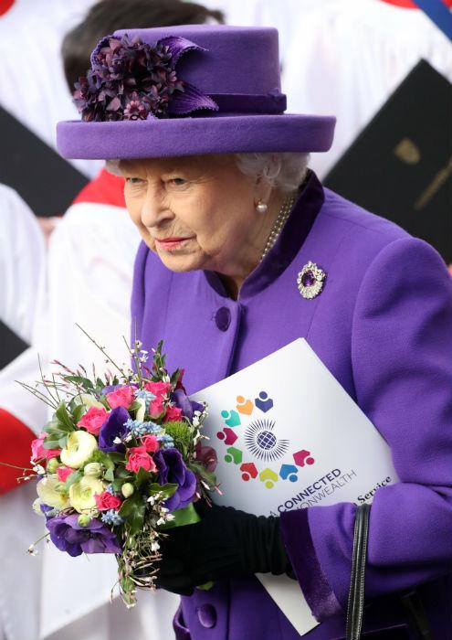 the-queen-flowers