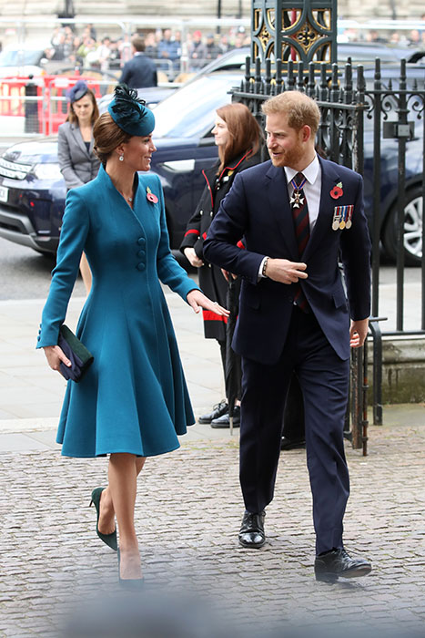Kate Middleton and Prince Harry join forces to commemorate Anzac Day LIVE UPDATES Photo C GETTY IMAGES