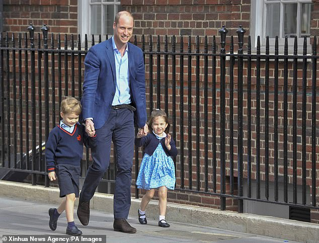 Prince William ensures he makes time to mingle with parents at Prince Georges prestigious Thomass Battersea school in Wandsworth
