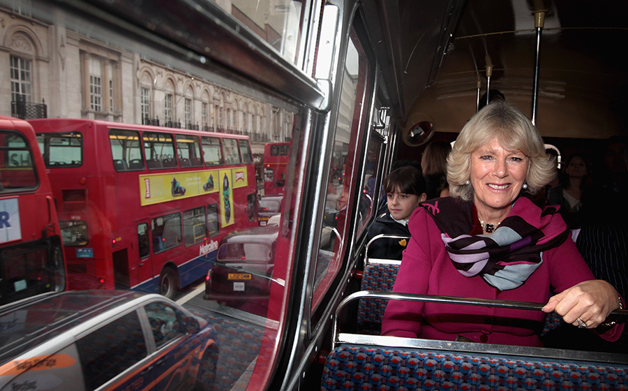 The Duchess of Cornwall on a bus Photo C GETTY IMAGES