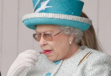The most important items in the Queens handbag are allegedly lipstick and a mirror Image C GETTY