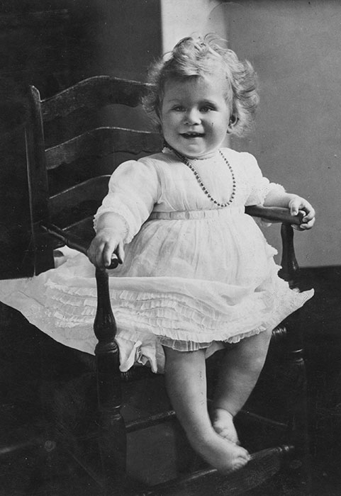 the-queen-princess-elizabeth-one-year-old