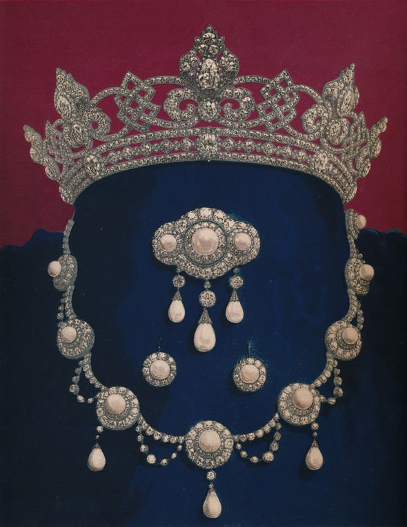Parure of Diamonds and Pearls The Gift of HRH The Prince of Wales Image GETTY