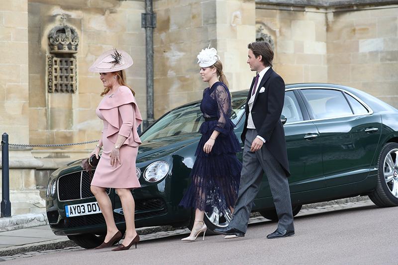 Princess Beatrice looked stunning in a navy lace dress alongside her boyfriend Edoardo Mapelli Mozzi Photo C iimage