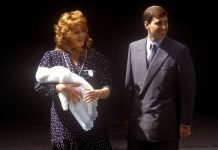 Sarah Ferguson and Prince Andrew with newborn Princess Beatrice Image CBGetty