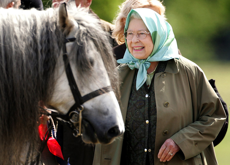 The Queen attends the Windsor Horse Show in Photo C GETTY IMAGES