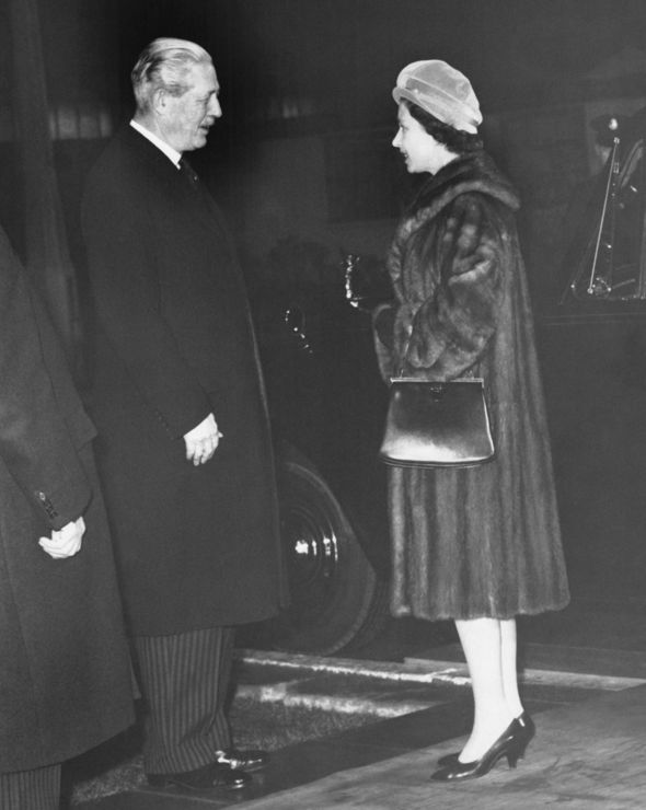 Queen Elizabeth II with former Prime Minister Harold Macmillan Image GETTY