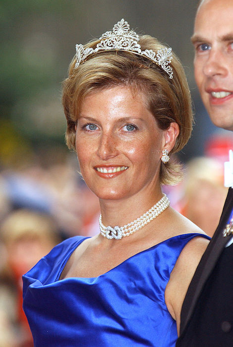 She usually wears the sections of her tiara further apart Photo C Getty Images