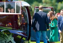 william kate kids welcome helicopter tGeorge Charlotte and Louis rush to welcome William and Kate off helicopter