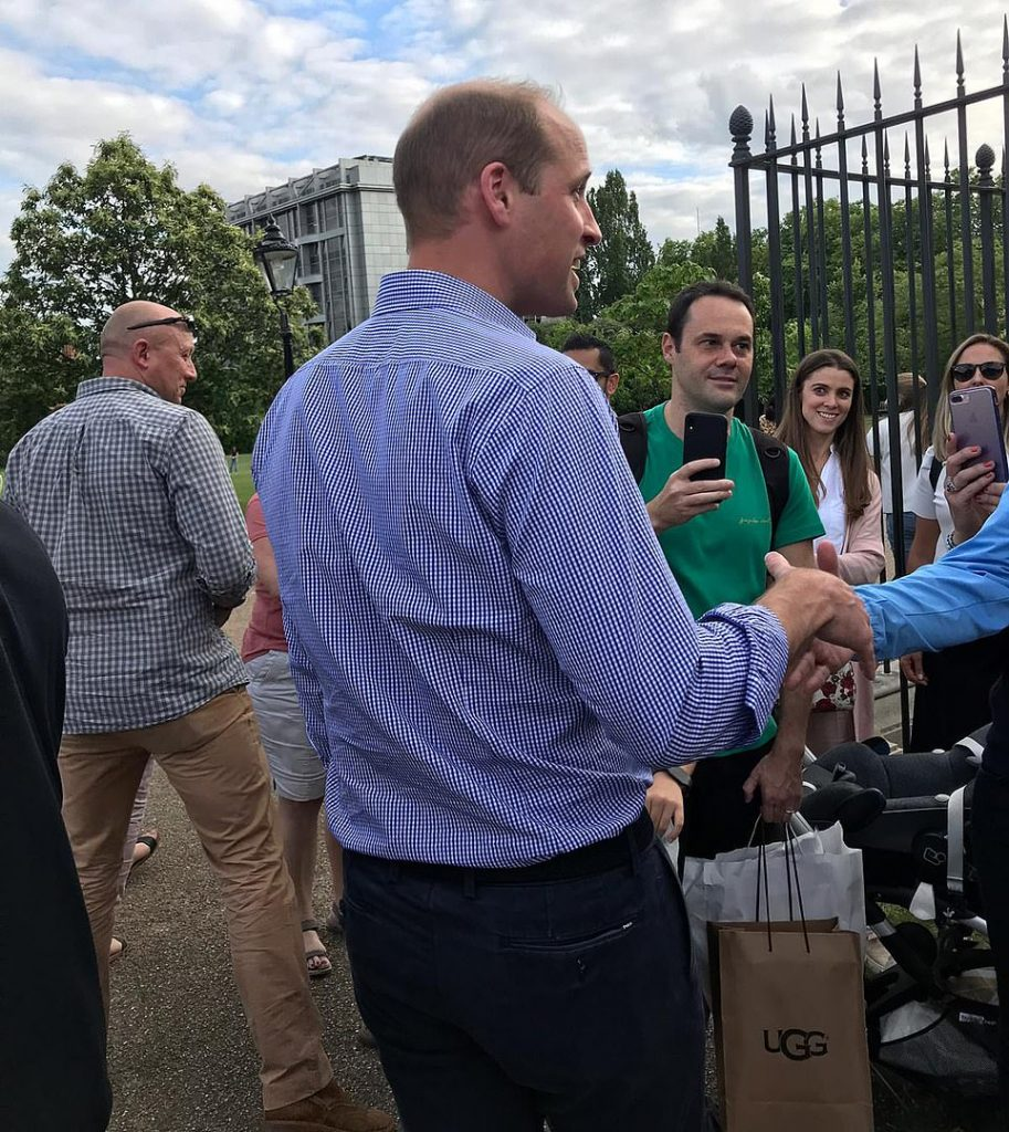 Prince William stuns well wishers by greeting them in person after they hold all day vigil outside Kensington Palace to mark Princess Dianas birthday Photo C Getty Imaegs