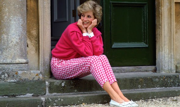 Princess Diana called her friend in tears when the divorce came through Image GETTY