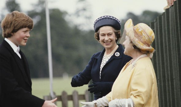 Earl Spencer shakes hands with the Queen and Queen Mother in Image GETTY