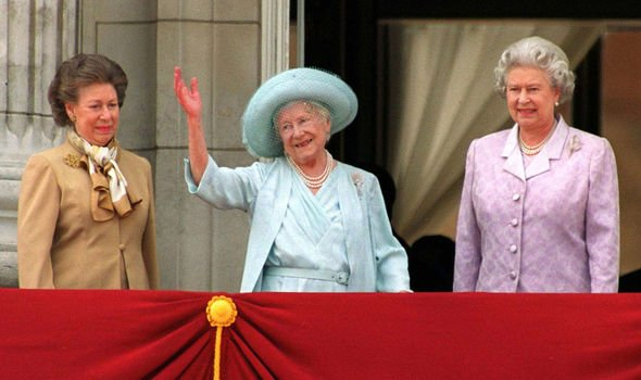 Queen Elizabeth II and Princess Margaret with the Queen Mother in Image Getty